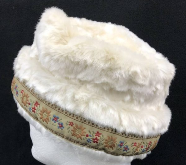 Cream Faux Fur Hat With Tan Trim - Nordic Northwoods c12ec4c36f5